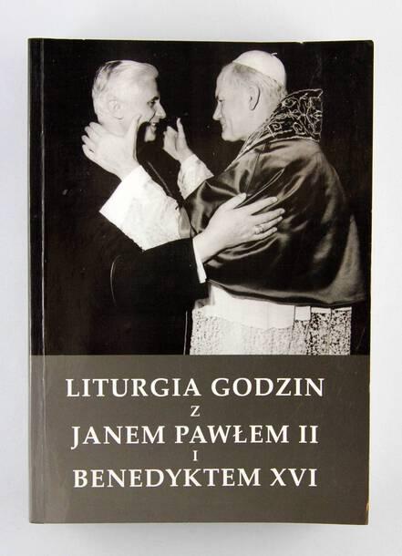 Liturgia Godzin z Janem Pawłem II i Benedyktem XVI (1)