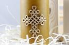 Świeca woskowa z krzyżem plecionym - świąteczna (3)